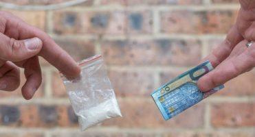 ¿Qué hacer si te detienen por vender droga?